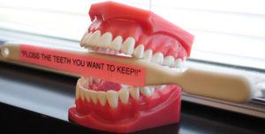 dentist tips for flossing